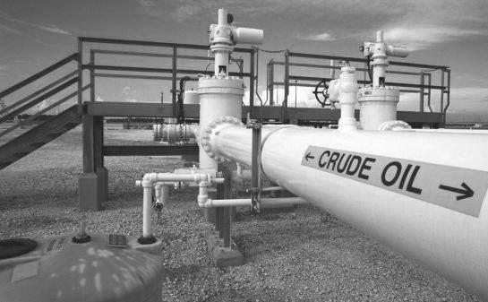 上周,OPEC维也纳年度会议落下帷幕,决定延长减产协议到2018年年底。同时,利比亚与尼日利亚两国承诺2018年的原油产量不超过2017年的高位。OPEC计划在2018年6月召开会议,对减产协议进行评估。由于本次会议结果基本符合市场预期,国际油价并未发生剧烈波动。