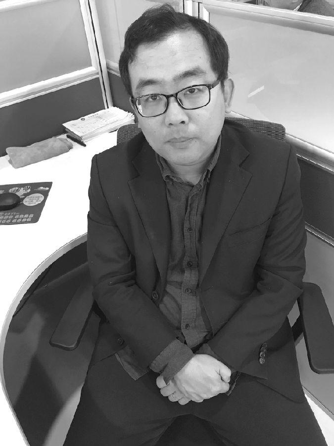 """期权投资须练好自己的""""三板斧""""――专访华信期货期权分析师王翔"""