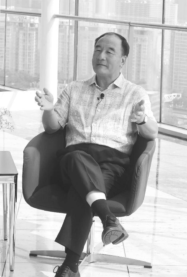 1978年,中共十一届三中全会之后,中国开始了至今40年的改革开放之路。中国的经济体制改革是期货市场产生的前提条件。改革开放之前,在高度计划经济体制下,商品价格由政府制定,不会随着市场供求的变化而变化。